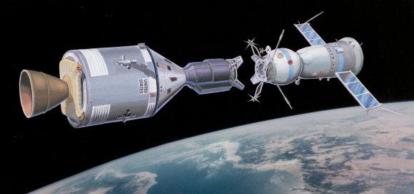 """NASA iliustr./Misijos """"Apollo – Sojuz"""" rekonstrukcija"""