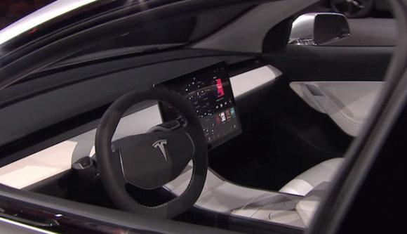 """FB iliustr./""""Tesla Model 3"""""""