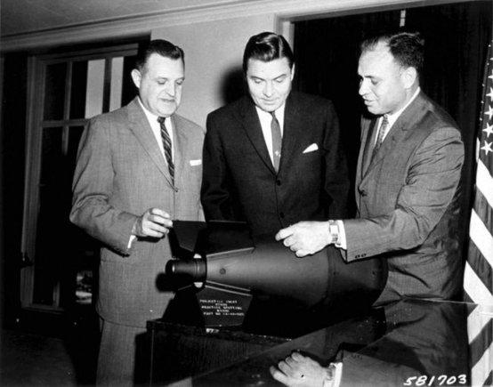U.S. federal government | commons.wikimedia.org/W54 buvo mažiausia branduolinė galvutė JAV arsenale