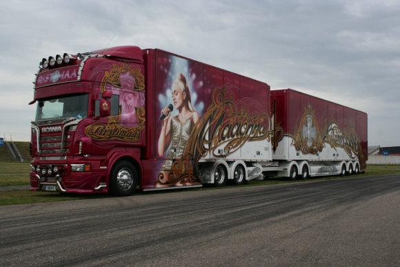 Trucker iliustr./Madonnos gerbėjo vilkikas