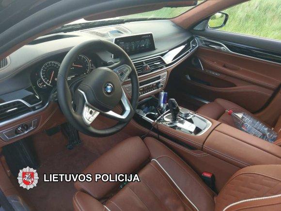 VSAT nuotr./Vogtas BMW automobilis
