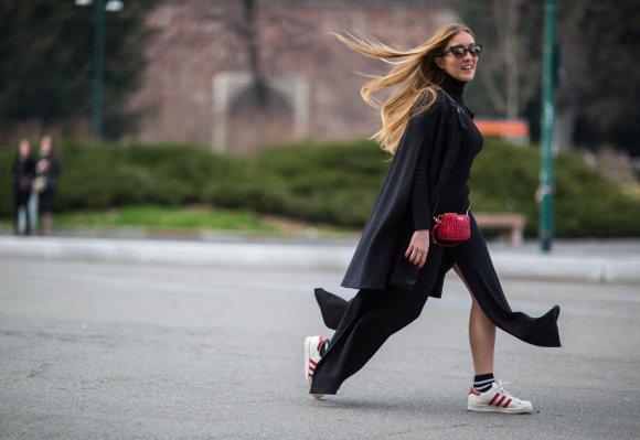 """""""Scanpix""""/""""SIPA"""" nuotr./Milano mados savaitės gatvės stilius"""