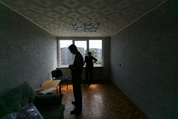 Eriko Ovčarenko/15min.lt nuotr./Šeima įsirenginėjo butą