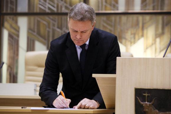 Eriko Ovčarenko/15min.lt nuotr./Deklaracijos pasirašymas