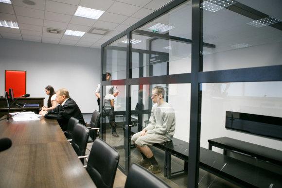 Eriko Ovčarenko / 15min nuotr./Karolio Neoro teismas
