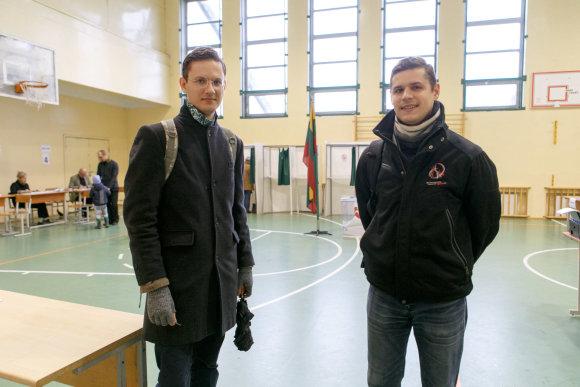 Eriko Ovčarenko / 15min nuotr./Kauniečiai balsuoja Seimo rinkimuose
