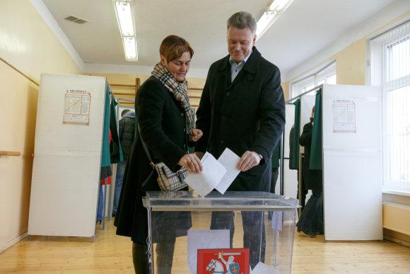 Eriko Ovčarenko/15min.lt nuotr./Rimantas Mikaitis su žmona