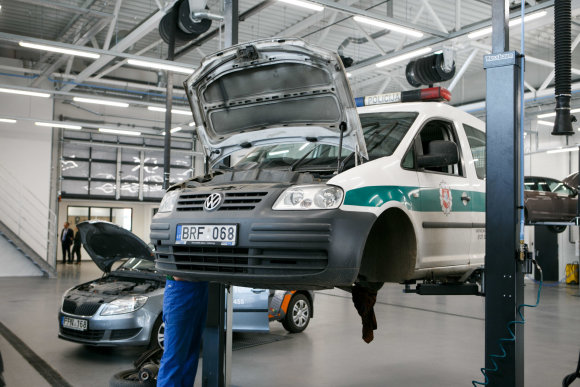 "Eriko Ovčarenko / 15min nuotr./""Škoda"" salonas"
