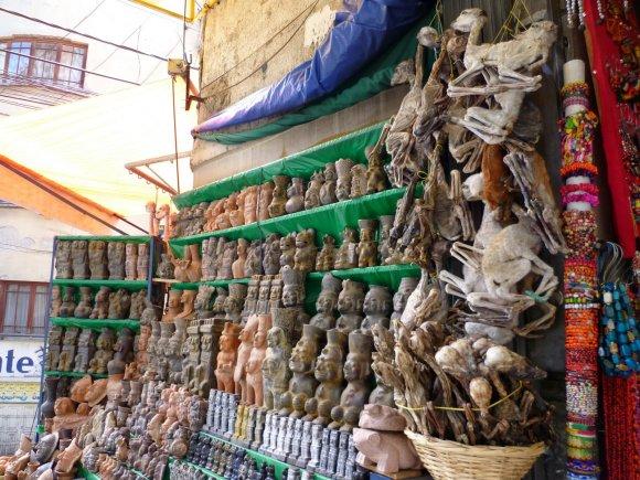 Amuletai Meksiko turguje
