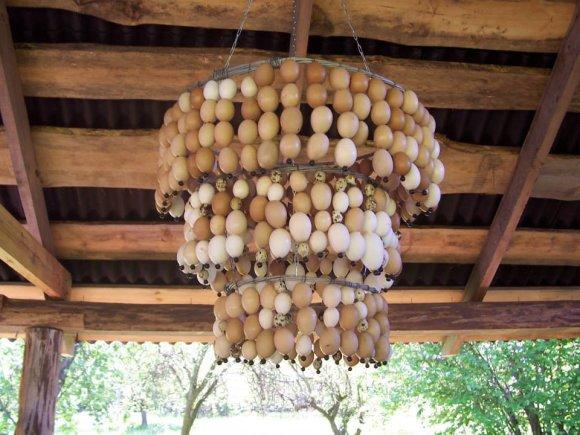 Įspūdingas meno kūrinys, kuriam panaudoti kiaušiniai