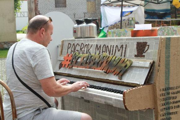 Organizatorių nuotr./Klaipėdoje išgelbėtas dar vienas pianinas