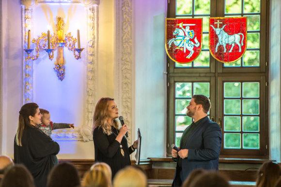 Evaldo Virkečio nuotr./Rimantė Kulvinskytė ir Vitulskiai su sūnumi Ajumi