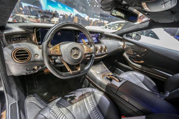 """Juliaus Kalinsko/15min.lt nuotr./""""Brabus 850 coupe"""""""