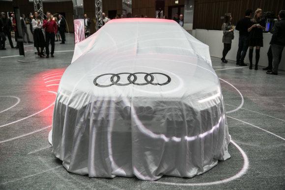 "Juliaus Kalinsko / 15min nuotr./""Audi A8"" pristatymo akimirka"