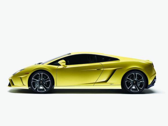 "Gamintojo nuotr./Atnaujintas ""Lamborghini Gallardo LP560-4"""