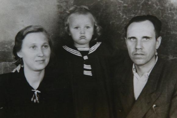 Asmeninio archyvo nuotr./Jadvyga ir Jonas su pirmagime