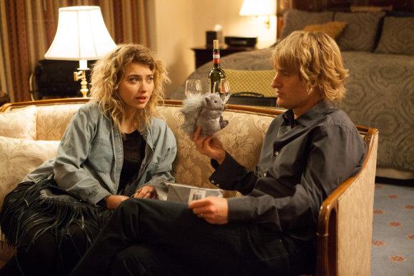 """Kadras iš filmo/Imogen Poots ir Owenas Wilsonas komedijoje """"Kaip tapti žvaigžde Brodvėjuje"""""""