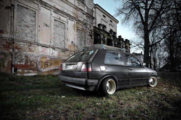"Tomo Petrovskio/Tomasfoto.lt nuotr./""Rat"" stiliaus ""Volkswagen Golf"""