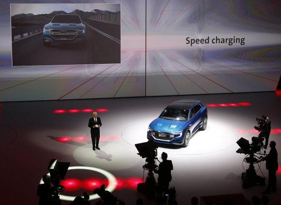 """Scanpix"" nuotr./""Audi e-tron Quattro"" koncepcinio modelio pristatymas Frankfurto automobilių parodoje"