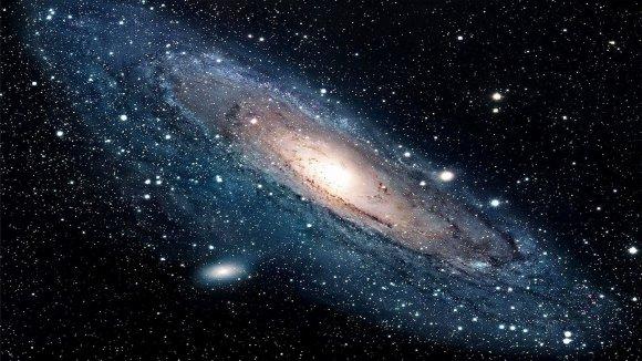 NASA nuotr./Nr.6. Gražuolė Andromeda per kosminį Hubble teleskopą