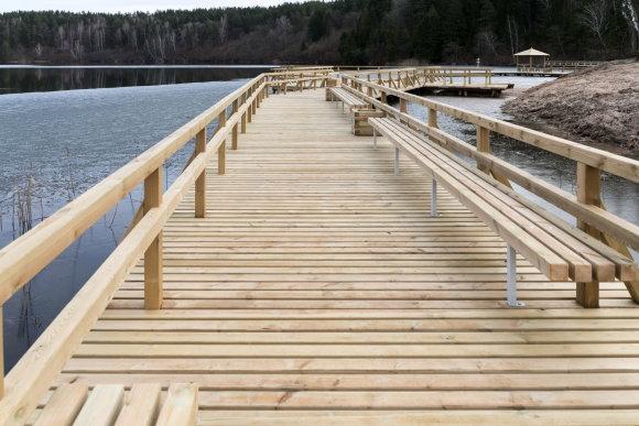 S.Žiūros nuotr./Rekonstruoti Žaliųjų ežerų poilsiavietės tiltai