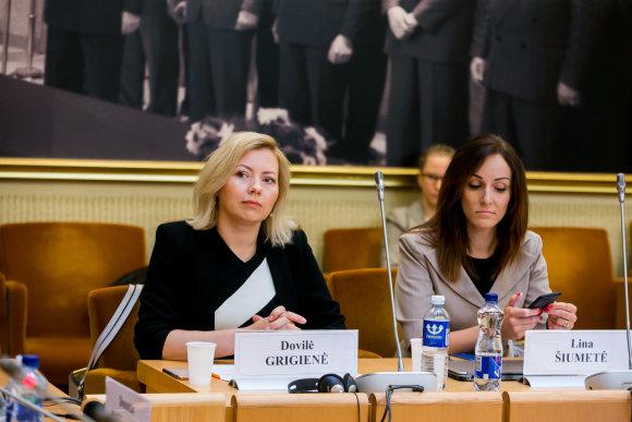 """O.Posaškovos nuotr./Dovilė Grigienė (""""Swedbank"""") ir Lina Šiumetė (""""Nasdaq"""")"""