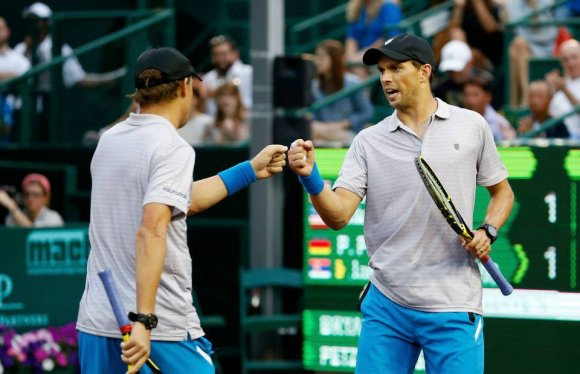 US Men's Clay Court Championship nuotr./Bobas ir Mike'as Bryanai