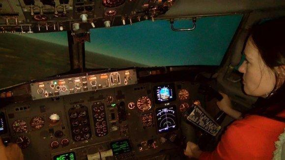 Asmeninio archyvo nuotr./Kristina Aksamitaitė Baltic Aviation Academy esančiame Boeing tipo simuliatoriuje