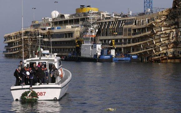 """Reuters""/""Scanpix"" nuotr./""Costa Concordia"" laivas"