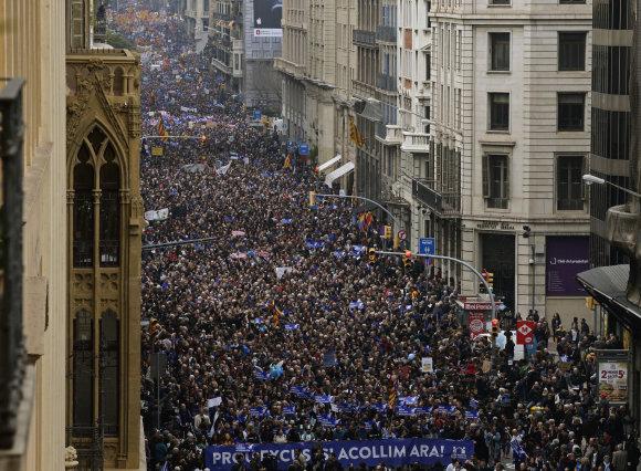 """""""Reuters""""/""""Scanpix"""" nuotr./Demonstracija už pabėgėlių priėmimą Ispanijoje"""