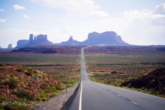"""""""Suzuki DR650"""" motociklu – po Arizoną ir Niujorką"""