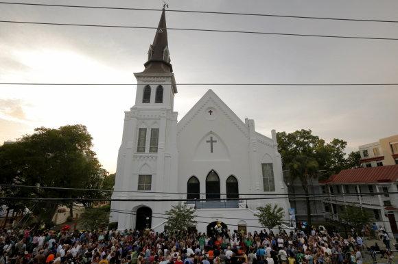 """""""Reuters""""/""""Scanpix"""" nuotr./Čarlstonas gedi rasistinio išpuolio bažnyčioje aukų"""