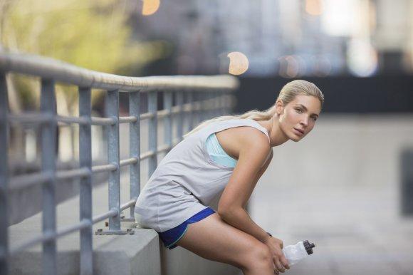 Vida Press nuotr./Moteris ilsisi po treniruotės