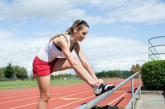 Shutterstock nuotr./Moteris sportuoja