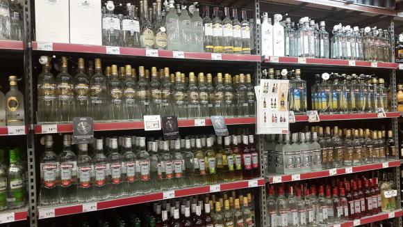 Vidmanto Balkūno / 15min nuotr./Alkoholio kainos kovo 9-ąją dieną prekybos centruose