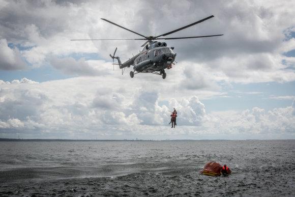 """Vidmanto Balkūno / 15min nuotr./Tarptautinėse išgyvenimo jūroje pratybos """"Baltic Bikini 2016"""""""