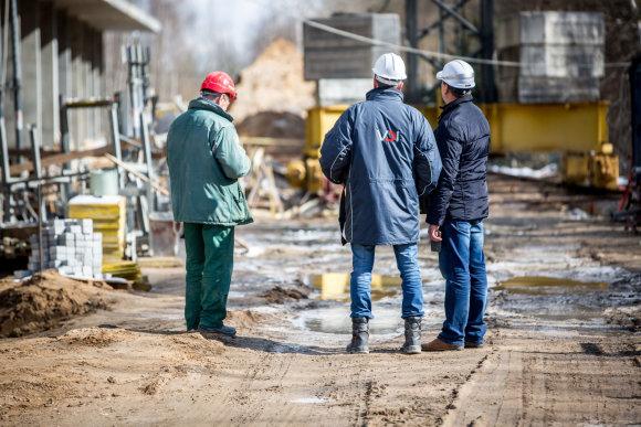 Vidmanto Balkūno / 15min nuotr./Darbos inspekcijos reidas į Vilniaus statybvietes