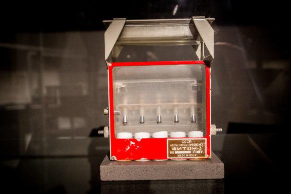 Vidmanto Balkūno / 15min nuotr./Fiton-3 – lietuvių sukurta eksperimentinė įranga, kurioje baltažiedis vairenis pirmą kartą kosmoso sąlygomis išaugintas nuo sėklos iki sėklos