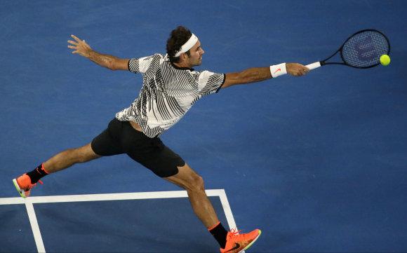"""Scanpix"" nuotr./Rogeris Federeris Melburne startavo pergale prieš Jurgeną Melzerį"