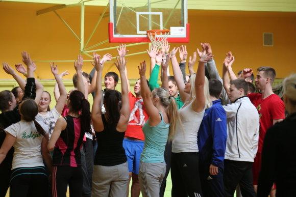 Baigę Fizinio ugdymo ir sporto studijų programą studentai įgis dvigubą kvalifikacinį laipsnį – taps pedagogikos ir sporto bakalaurais.  LSU nuotr.