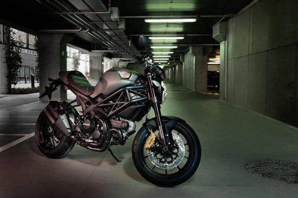Diesel.com nuotr./Ducati Monster Diesel 2013