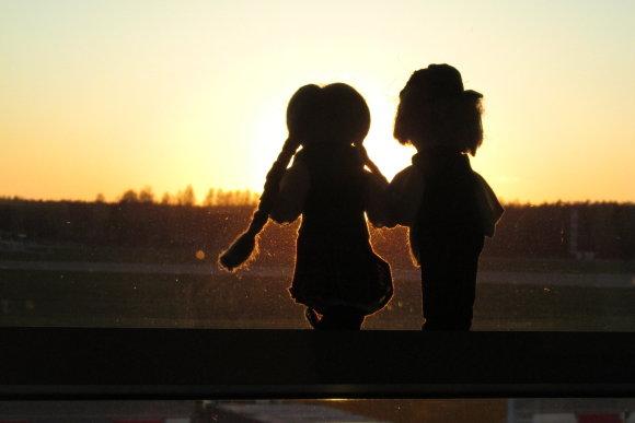 Joniukas ir Onytė – dvi keliaujančios lėlės