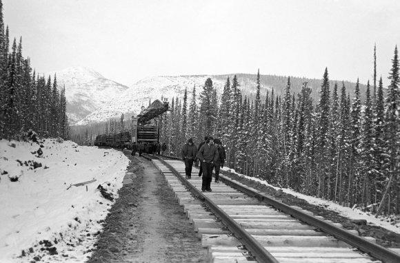 """""""Scanpix""""/""""RIA Novosti"""" nuotr./Baikaro-Amūro geležinkelį pradėta statyti 1974 metais."""