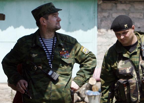 """""""Reuters""""/""""Scanpix"""" nuotr./Sulimas Jamadajevas (kairėje)."""