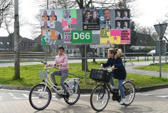 """AFP/""""Scanpix"""" nuotr./Rinkimuose Nyderlanduose paprastai alsuoja apie 75 proc. registruotų rinkėjų"""