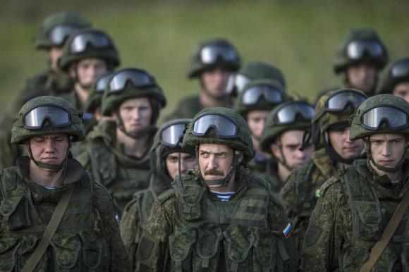 """""""Reuters""""/""""Scanpix"""" nuotr./Rusijos kariai Serbijoje"""