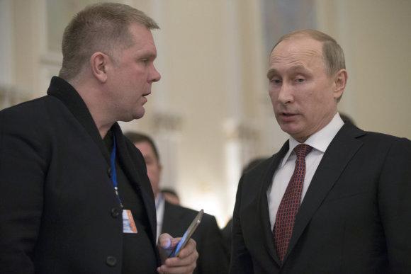 """""""Scanpix""""/AP nuotr./Andrejus Kolesnikovas ir Vladimiras Putinas"""