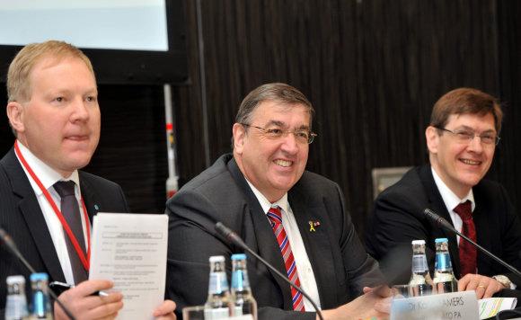 "AFP/""Scanpix"" nuotr./Marko Mihkelsonas (kairėje)"