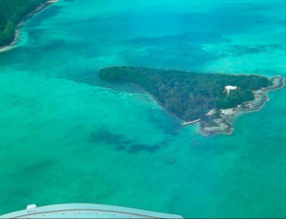 privateislandsonline.com/Swains Cay Andros