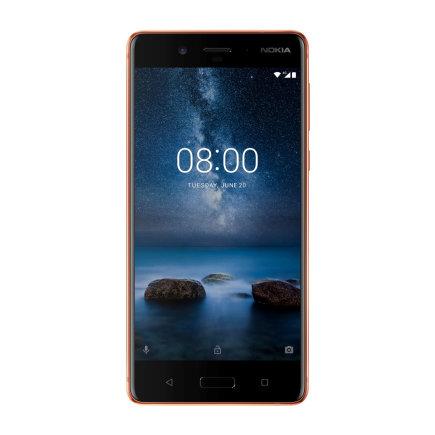 """""""Reuters""""/""""Scanpix"""" nuotr./Naujiasis """"Nokia 8"""" telefonas"""